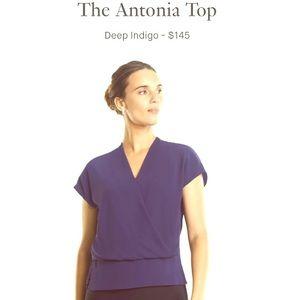 MM LaFleur NWT the Antonia Top in Deep Indigo